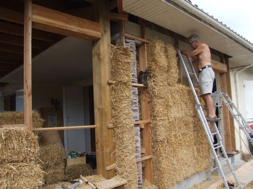 La maison durable ossature cst - Construction maison en terre crue ...